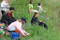 Prázdninové soustředění mladých rybářů z Litomyšlska.