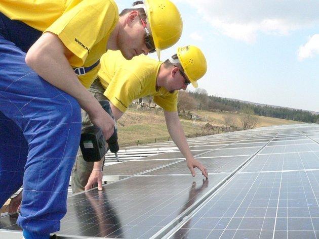 Sluneční elektrárna v Opatově.