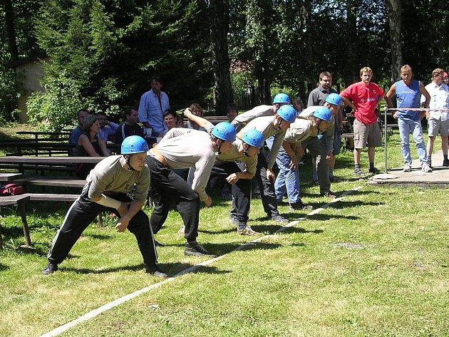 Družstvo mužů na soutěži v Lubné v r.2006.