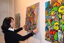 Vánoční výstava ve svitavském muzeu letos nabídne prosluněné obrazy a malované figurky.
