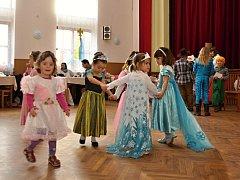 Dětský karneval v Dolním Újezdu 2016