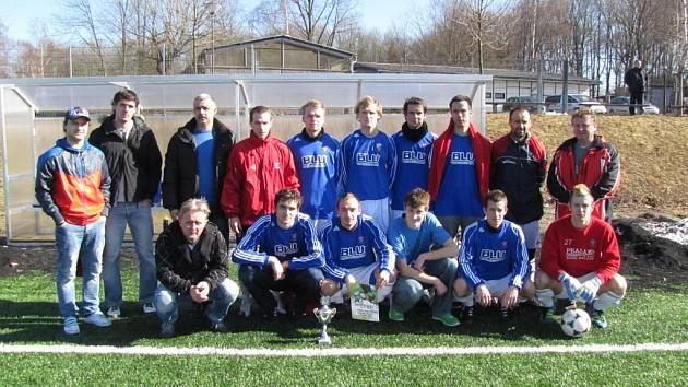Hráči  Cerekvice vyhráli tři ze čtyř turnajových zápasů jasně, ale v tom klíčovém podlehli Litomyšli.