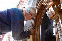 Odborníci strávili na restaurování a opravách unikátní Ottendorferovy knihovny ve Svitavách nespočet hodin. Výsledek ale stojí za to. Nikde v okolí takovou stavbu nemají.