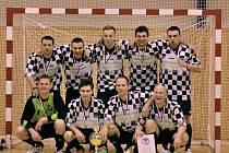 NA SVÉ CESTĚ do pohárového finále porazili moravskotřebovští šakalové i dva soupeře z celostátní ligy: Jilemnici a Větřní.