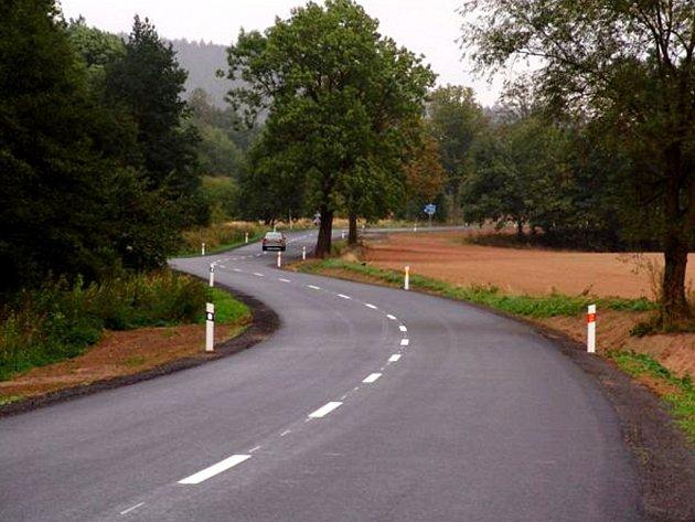 Po opravené silnici na Moravskotřebovsku jezdí od včerejšího dne řidiči bez omezení.
