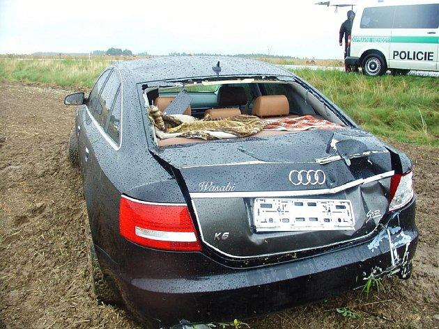 Nehoda Audi u Koclířova.