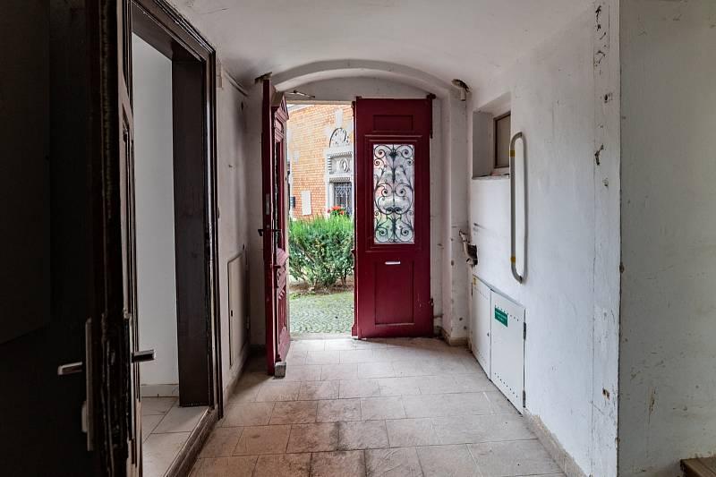 Z prohlídky domu čp. 3 na náměstí Míru.