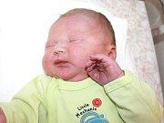 DAVID MLČOCH. Rodiče Helena a David z Moravské Třebové se od 29. října 5.03 hodin radují z narození syna. Vážil 3,95 kilogramu a měřil 51 centimetrů.