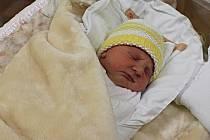 Ema Sochorová se narodila 17. listopadu ve 12.31 hodin. Vážila 2,63 kilogramu a měřila 46 centimetrů. S rodiči Martinou a Lukášem bude vyrůstat v Rudolticích.