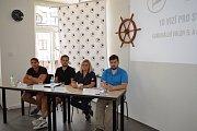 Svitavští Piráti představili své kandidáty a program. Lídrem kandidátky je zastupitelka Libuše Vévodová (třetí zleva).