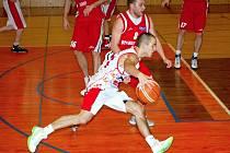 V duelu proti Uherskému Brodu měli svitavští hrát o vítězství, místo toho prošli basketbalovým peklem.