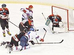 Z utkání HC Litomyšl vs. TJ Orli Lanškroun (20:1).