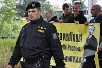 Z pochodu extremistů v roce 2010.
