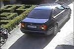 Příjezd BMW k bance v Brněnci.