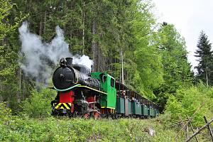 Sezonu na mladějovské úzkokolejce zahájily dvě parní lokomotivy
