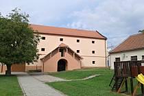 Barokní sýpka v Jevíčku po opravách.