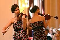 HOUSLOVÉ NADĚJE. Alžběta Ježková je zástupkyní České republiky na Mezinárodních houslových koncertech.