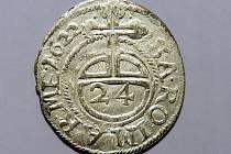 POLIČSKÝ POKLAD tvoří víc jak dvanáct tisíc mincí z období třicetileté války.
