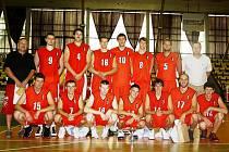 Basketbalové mužstvo Svitav na Tyršově poháru.