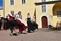 Na hradě Svojanov se o víkendu konají Královské slavnosti. Ilustrační foto.
