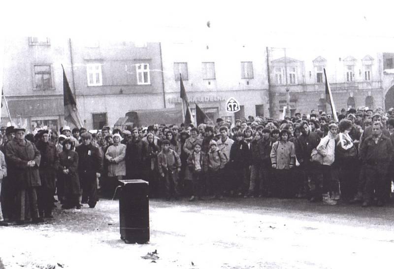 Vzpomínáme na sametovou revoluci 1989