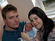 DOMINIK MUSIL. Narodil se 8. března Marianě Volianské a Michalu Musilovi z Poličky. Měřil 51 centimetrů  a vážil 3,5 kilogramu.