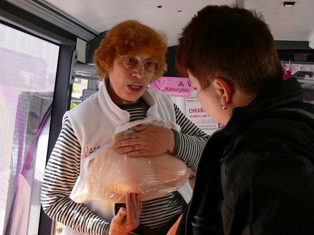 Rakovina prsu patří v Česku k nejčastějšímu onemocnění žen. Může však postihnout i muže