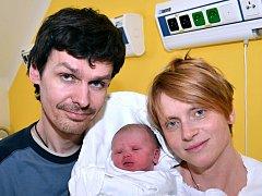 MADLEN GETZELOVÁ. Narodila se 24. ledna Petře Pucherové a Ondřeji Getzelovi. Měřila 51 centimetrů a vážila 3,5 kilogramu. Doma v Janově se na sestřičku těšil čtyřletý bráška Matouš.