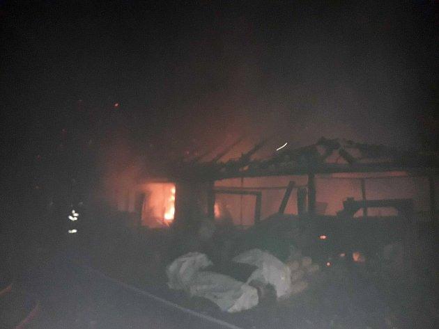 Velký požár domu a dílny vMikulči.