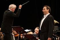 Průřez  Daliborem a Lohengrinem v podání souboru Státní opery.