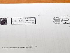 Falešné obálky našli někteří  Litomyšlané z  ulic Mařákova, 17. listopadu a 9. května ve svých schránkách.