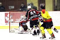 Orli rozhodli duel osm sekund před koncem prodloužení a Polička, pokud chce ještě myslet na finále, musí v neděli také vyhrát venku.