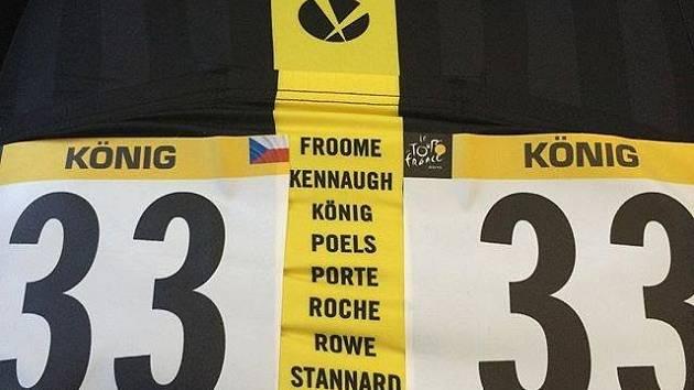 Na poslední etapu ve žlutém. Prestižní barvy oblékli všichni jezdci týmu Sky včetně Leopolda Königa. Chtěli dát jasně najevo, kdo je tu vítěz.