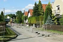 V následujících dnech skončí opravy  vodovodu v části obce na sídlišti za Rychtou.