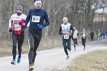 Pro všechny generace. V Kunčině si přes nepříjemnou zimu zazávodili běžci širokého věkového rozpětí.