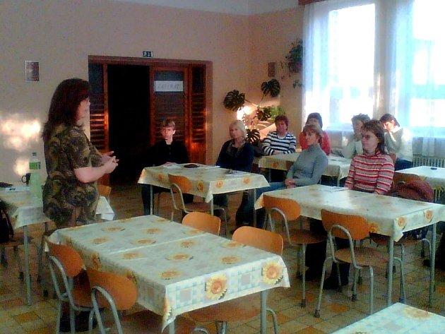 Ve Vítějevsi proběhla beseda na téma Dnešní mládež.