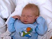 MARTIN FIŠMISTR. Narodil se 8. března Kateřině a Petrovi z Boršova. Měřil 49 centimetrů a vážil 3,25 kilogramu. Má sestřičku Alici.