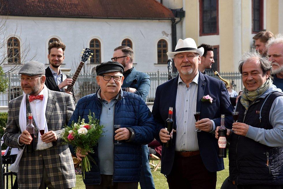 Zahájení lázeňské sezony v Litomyšli se kvůli covidu odehrálo on-line.