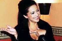 """Populární zpěvačce Lucii Bílé  je doma dobře. """"Je úplně jedno, jestli to jsou střední nebo východní Čechy,"""" svěřila se Lucie Bílá při své nedávné návštěvě Pardubic."""