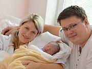 JAKUB ZAVORAL. Narodil se 25. září Haně a Jaroslavovi z Poličky. Měřil 50 centimetrů a vážil 3,28 kilogramů.