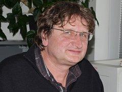PŘEHLÍDKU dětského divadla  ve Svitavách má na starosti ředitel Střediska kulturních služeb Petr Mohr.