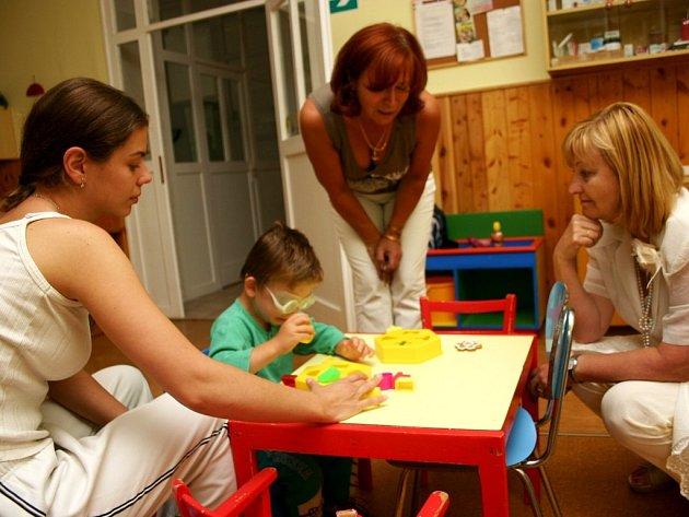 Kojenecký ústav poskytuje odbornou péči také dětem, které jsou postiženy autismem.
