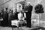 Hlavní řečník při slavnostním otevření Smetanova rodného bytu 5. června 1949.