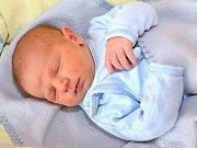 JOSEF DOLEŽAL. Narodil se 14. dubna Evě a Josefovi z Jedlové. Měřil 50 centimetrů a vážil 3,58 kilogramu. Má bratry Vendelína, Vojtěcha a Ondřeje.