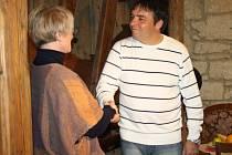 PŘED ROKEM si Jana Nováková a František Konečný jako obchodní partneři plácli. Majitelka byla šťastná, že našla provozního pro penzion a restauraci Krajkářka ve Starém Svojanově.