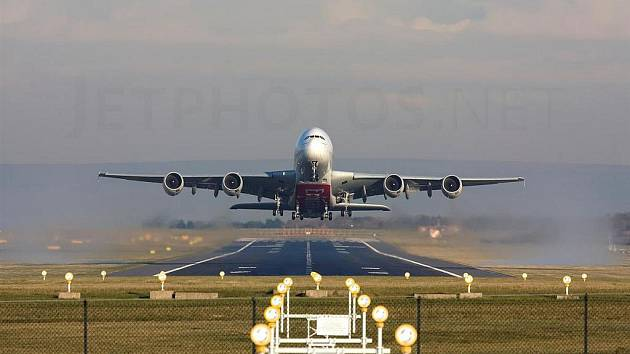 Největší dopravní letadlo světa nad Jevíčkem.