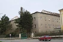 Demolice bývalé továrny na zpracování tabáku ve Svitavách.