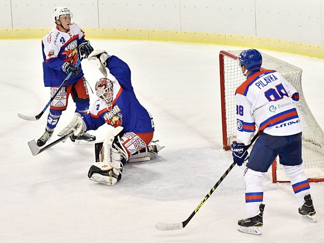 Celek Litomyšle (v bílém) obstál proti České Třebové po herní stránce, potřebný výsledkový efekt tomu však chyběl.