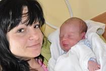JAN BUREŠ. Chlapeček se narodil v Litomyšli 28. ledna ve 14.36 hodin. Vážil 3,75 kilogramu a měřil 51 centimetrů. Rodiče Lucie Šimonová a Josef  Bureš si syna odvezou  domů do Vysokého Mýta.
