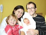 ZUZANA KUBÍČKOVÁ. Rodiče Jana a Michal a dvouletá Kateřina ze Svitav  se od 22. října 2.03 hodin radují z narození Zuzanky. Vážila 3,55 kilogramu a měřila 49 centimetrů. Tatínek byl mamince u porodu oporou.